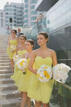 Yellow color can be one of the options for bridesmaid dresses. We hope these yellow bridesmaid dresses will inspire and delight! Turquoise Bridesmaid Dresses, Yellow Bridesmaid Dresses, Bridesmaid Gowns, Maid Of Honour Dresses, Maid Of Honor, Wedding Party Dresses, Party Gowns, Wedding Bouquets, Wedding Bridesmaids