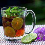 5 infusions pour nettoyer les reins, les poumons, le côlon, le foie et la lymphe