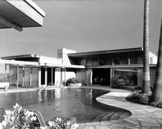 Frank Sinatra's Twin Palms Estate ~ Palm Springs 1950. Julius Schulman photo