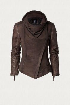 TIGHA ONLINE SHOP - Bikerjacke aus Veloursleder. Leather jacket