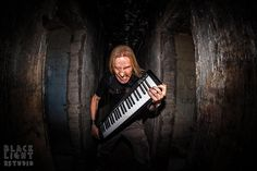Keyboard player Jari Pailamo of Finnish metal band Kiuas. Photo by BlackLight Estudio / Santiago, Chile.