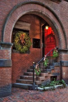 Exterior Design, Interior And Exterior, Beacon Hill Boston, Urbane Fotografie, Beautiful Homes, Beautiful Places, Brickwork, Doorway, Stairways
