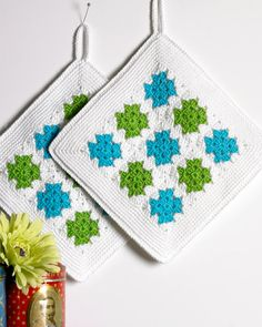 Crochet Potholder Patterns, Crochet Square Patterns, Christmas Crochet Patterns, Crochet Dishcloths, Crochet Squares, Crochet Motif, Crochet World, Crochet Home, Love Crochet
