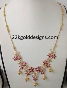 Light weight stones necklace with rubies and czs along with simple gold chain with gold balls. Gold Jhumka Earrings, Gold Earrings Designs, Gold Choker Necklace, Gold Designs, Baby Necklace, Short Necklace, Simple Necklace, Necklace Designs, Light Weight Gold Jewellery