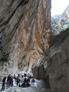 Dentro la Gola di Gorroppu #sardegna #sardinia #trekking #canyon #escursioni #italia #italy #sardinia #gorropu #urzulei #orgosolo
