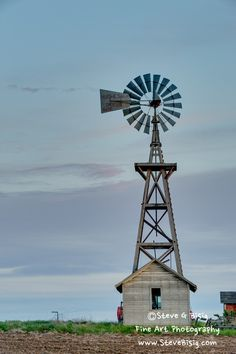 Steve G Bisig Photography: Barns / Farm Houses / Rural Old Windmill - Road 1 SW Douglas County Washington (May - Pacific Northwest Rural Landscape Photography Old Houses, Farm Houses, Farm Windmill, Old Windmills, Douglas County, Water Tower, Old Farm, Le Moulin, Covered Bridges