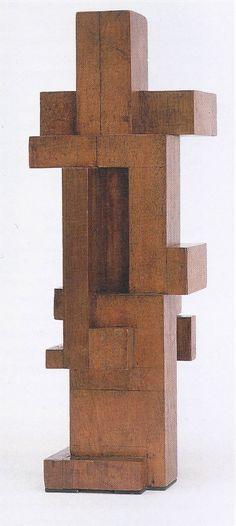 Georges Vantongerloo Rapport de volumes / Construction of volume relations Acajou / Mahogany 41 x 14.4 x 14.4 cm 1921