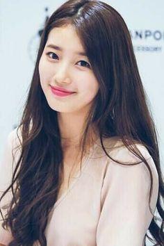 Bae Su Ji (Suzy) on Check it out! Korean Beauty, Asian Beauty, Miss A Suzy, Bae Suzy, Beautiful Asian Women, Korean Actresses, Ulzzang Girl, Beautiful Actresses, Hairstyle