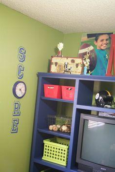 cute idea for a boys football room