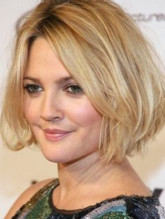 You need hairstyles that tends to elongate the face and not add to the width. Curly medium hairstyles for women with round faces are suitable to your face.