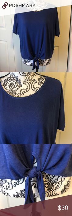 WHBM Blue tie T Shirt XS WHBM Blue tie T Shirt XS  Soft and lightweight  Oversized Good condition   All reasonable offers accepted   116 8 1 White House Black Market Tops