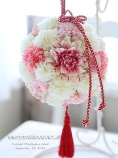 お客様がお店を選ぶように、お店もお客様を選んでいます^^ シルクフラワー(造花)のウェディングブーケのデザインと選び方