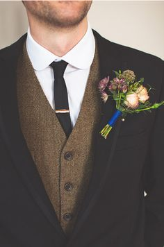 Groom Style // rustic boutonniere // This but higher button, notched lapels, flowers slighter pinker