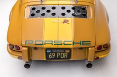 This Custom Porsche 911 Is Car Porn at its Finest - Airows Porsche 911 Cabriolet, Porsche 911 Targa, Porsche 911 Singer, Porsche 911 Classic, Porsche Cars, Trans Am, Carrera, Chevrolet Monza, Pontiac Gto