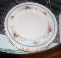 SET of 3 quite vintage c.1930s Johnson Brothers Old English