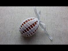 Jak zrobić koszulkę na jajko - Wzór 5 - Szydełko - YouTube Crochet Projects, Craft Projects, Projects To Try, Easter Crochet Patterns, Crochet Videos, Yarn Crafts, Crochet Yarn, Easter Crafts, Easter Eggs