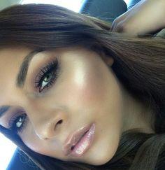 Highlighting cheekbones