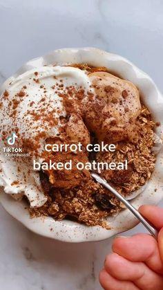 Fun Baking Recipes, Healthy Baking, Sweet Recipes, Snack Recipes, Protein Bar Recipes, Healthy Breakfast Recipes, Vegetarian Breakfast, Desserts With Oats, Vegan Desserts