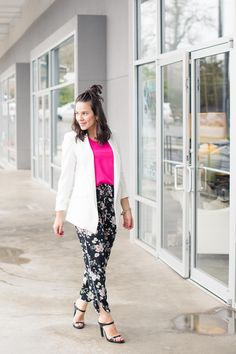 floral jogger pants, summer date night outfit ideas - My Style Vita @mystylevita
