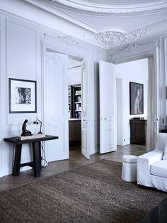 Parquet floor, white walls and original period features