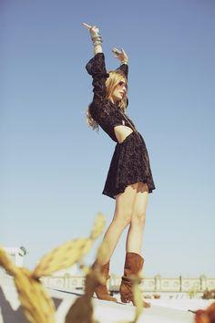 Day Tripper | Anna Iaryn | Zoey Grossman #photography | For Love & Lemons Spring 2012 Lookbook | #bohemian #boho #hippie #gypsy