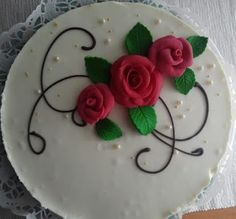 Kattipaakari: Karpalo-valkosuklaakakku Panna Cotta, Cakes, Baking, Ethnic Recipes, Food, Dulce De Leche, Cake Makers, Kuchen, Bakken