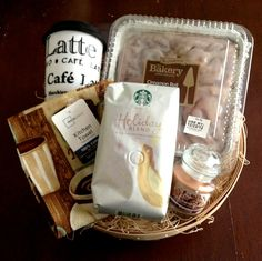 diy gift basket for the coffee lover - could include coffee, biscotti, mug… Craft Gifts, Cute Gifts, Diy Gifts, Holiday Gifts, Christmas Baskets, Christmas Gifts, Christmas Coffee, Coffee Menu, Coffee Break