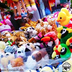 Stuffed toys wholesaler in 999 Mall :)  From teddy bears, animals to character stuffed toys... they have it all :)  Photo taken at Pasilio 2G 12-14, 999 Mall, Soler St. Binondo, #Divisoria (same supplier/wholesaler from Divisoria Mall but transferred during summer due to fire incident)