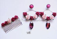 """COLECCIÓN """"PRIMAVERA EN SEVILLA"""" Conjunto """"Rocío"""" ... Fabric Earrings, Diy Earrings, Flower Earrings, Diamond Flower, Polymer Clay Jewelry, Jewelery, Jewelry Making, Hair Accessories, Polymers"""