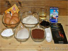 Ruladă cu ciocolată și vișine din dulceață – Vicky's Recipes Ice Cream, Pudding, Breakfast, Desserts, Recipes, Food, No Churn Ice Cream, Morning Coffee, Tailgate Desserts