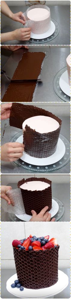 Creative Way to Decorate Cake With Babble Wrap