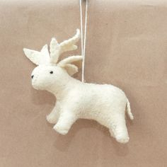 Anthropologie Roost Hand Made Cream Felt Large Reindeer Christmas Ornament NWT #Anthropologie