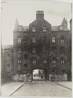 Archway at Buccleuch Place, Edinburgh. Photograph by Alfred Henry Rushbrook.  1929.