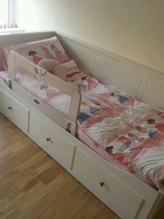 Boy N Girl In Love Wallpaper Little Girl S Take On Ikea Hemnes Daybed Nursery Girls