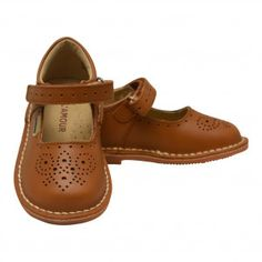 ef2d6c05c7de from Sophia s Style · L`Amour Little Girls Brown Perforated Ankle Strap  Mary Jane Shoes 11-2 Kids