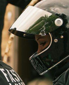 Deathroddixie in Biltwell helmet