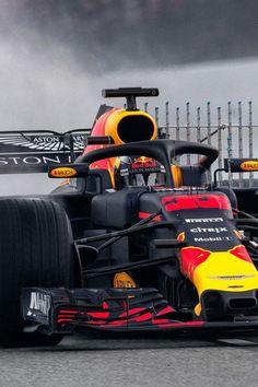 LIVE: Verstappen gaat na tweede testronde weer naar binnen Komt vast goed alle vertrouwen in onze coureur ;-)