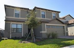 Moon Valley Holiday Home 4031 Four Corners (Florida) Located in Orlando in the Florida Region, this holiday home is 2.8 km from Disney's Hollywood Studios. The unit is 3.8 km from Disney's Boardwalk.  Other facilities at Moon Valley Holiday Home 4031 include an outdoor pool.