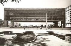 Lina Bo Bardi's Museum of Art, Sao Paulo, Brazil