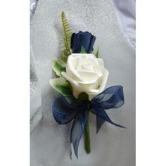navy blue wedding flowers bridal flowers - Page 3 of 99 - Wedding Flowers & Bouquet Ideas Navy Wedding Flowers, Wedding Flower Guide, Prom Flowers, Bridal Flowers, Flower Bouquet Wedding, Navy Blue Flowers, Corsage Wedding, Blue Orchids, Flower Bouquets