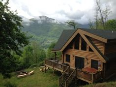 $99 a night*Kids ski free! REAL LOG CABIN w/2 King masters, Hot Tub, WiFi, VIEWVacation Rental in Maggie Valley from @homeaway! #vacation #rental #travel #homeaway