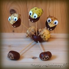 Kaštanový drak Kids Crafts, Arts And Crafts, Conkers, Draco, Acorn, Kids And Parenting, Craft Ideas, Food, Nature
