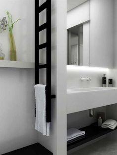 acél radiátor, térelválasztós fürdőszobai radiátor, létra radiátor