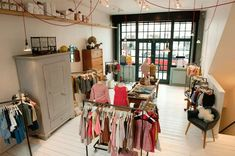 Founded in caramel baby & child create luxury childrenswear and homewares Characterised by a refined simplicity, their pieces maintain functionality whilst delivering intricate attention to detail Baby Store Display, Caramel Baby, Clothing Store Design, Vintage Nursery, Shop Interiors, Shop Interior Design, Baby Shop, Decoration, Children