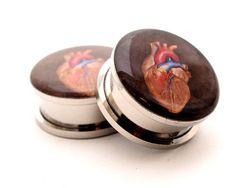 Schraube am Stecker  menschlichen Herzen von mysticmetalsorganics, $17.99