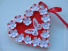 This Pin was discovered by Emi Valentine Crafts, Christmas Crafts, Flowers For Valentines Day, Diy And Crafts, Crafts For Kids, Mothers Day Crafts, Pop Up Cards, Flower Tutorial, Paper Gifts