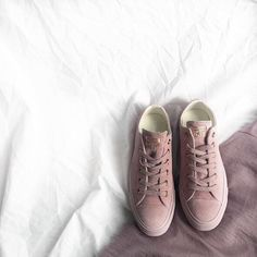 converse egret rose gold. rg: feat our all star low leather in burnished lilac rose gold. don\u0027t miss out on your size \u0026 shop straight from bio. converse egret gold