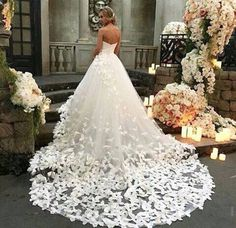 #Amazingweddingdress ! Definitely this dress it's a dream!