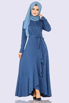 Modaselvim DRESS Dress Indigo Source by dresses muslim Modern Hijab Fashion, Muslim Fashion, Modest Fashion, Fashion Outfits, Dress Fashion, Modest Dresses, Modest Outfits, Mode Kimono, Hijab Style Dress