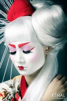 pinned by ⋙KAE FAB⋘ Avant Garde Geisha Makeup